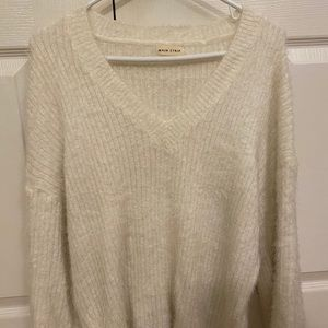 CREAM coloured fuzzy Sweater from M! Size L
